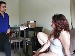 La esposa pelirroja del jefe Hogg vibra con su canto. mexicana video casero