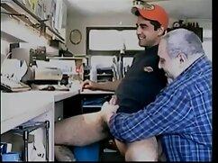 Kinky sexo salvaje pornocasero mexicano en la cocina.